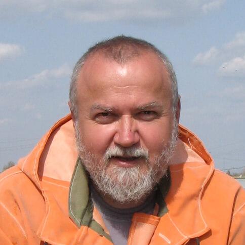 Василий Дубов